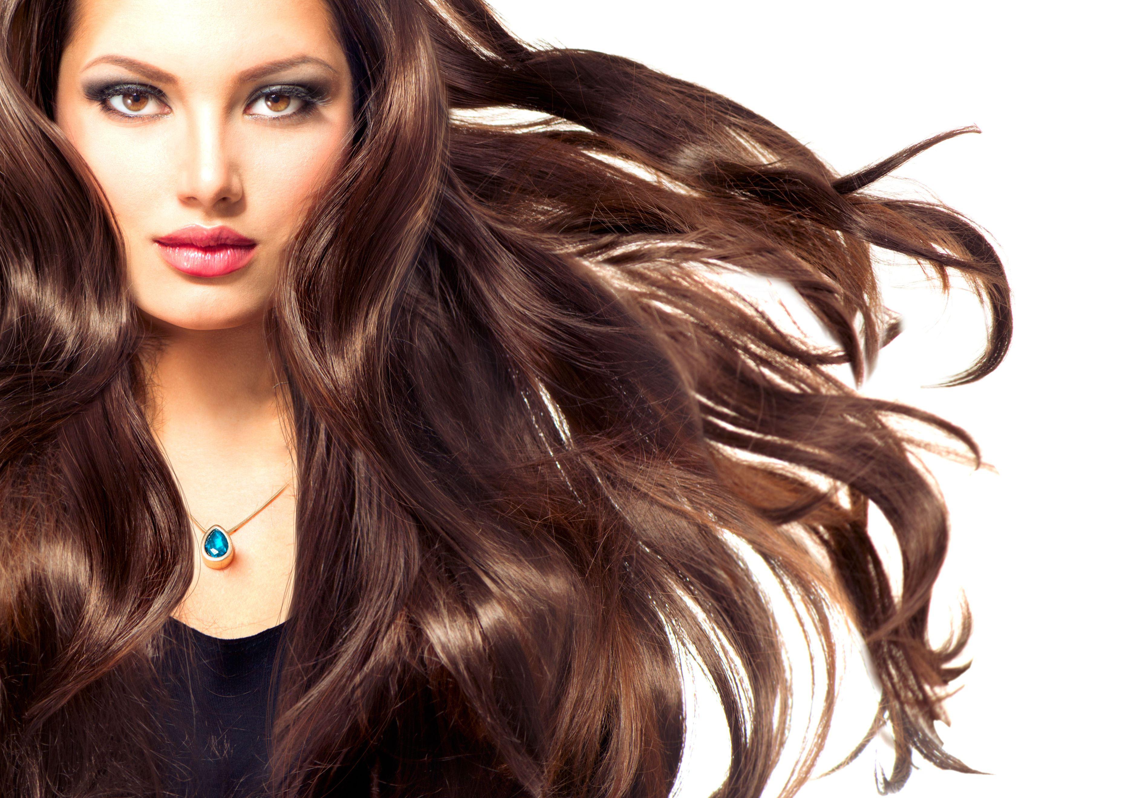 Alunan Mahkota Wanita : 6 Tips Penjagaan Rambut yang wajib diketahui